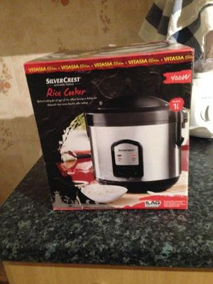 Brand new Rice cooker, unused and still in the box, for sale