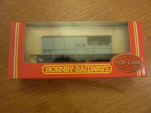 HORNBY RAILWAYS OO Gauge R BR 20 Ton Brake Van wagon
