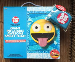 Pop Fix Giant Inflatable Awesome Smiley Float NEW BOXED