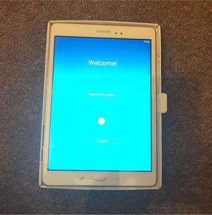 Samsung Galaxy Tab A 9.7'' Sandy White WiFi 16gb BRAND NEW