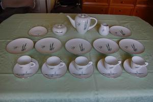 Sango Bamboo Pattern Bone China Tea/Coffee Set of 25 Pieces.