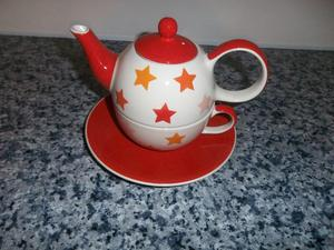 Whittards teapot for one.