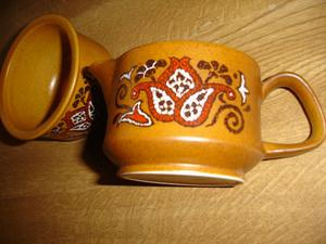 VINTAGE ROYAL WORCESTER PALISSY BEAUVAIS MILK JUG & SUGAR
