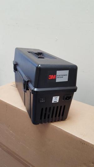 3M Service Engineer Vacuum Cleaner inc new filter cartridge