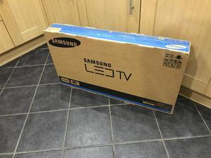 BRAND NEW 32inch Samsung tv
