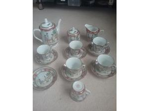 Hand painted Chinese coffee/tea set in Shaftesbury