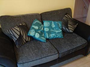 LARGE 2 SEATER SOFA/NOW ONLY £ ono