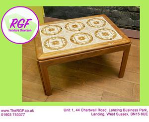 SALE NOW ON!! Tiled Top Coffee Table - Local Delivery £19