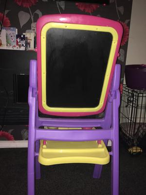 Toys R Us easel