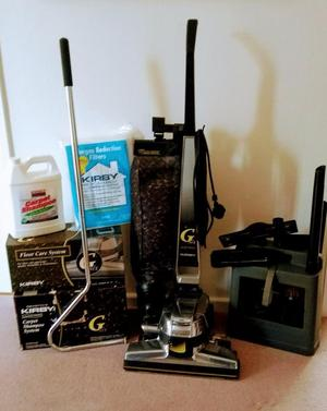Vacuum Cleaner withShampoo system and Hard floor care kit