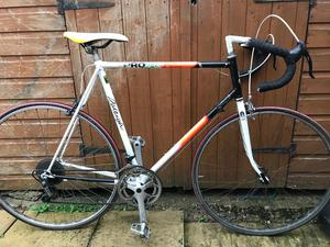 "Vintage Raleigh pro Race bike. 23"" frame extra large. Fully working"