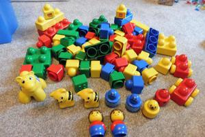 lego/duplo building blocks for pre school