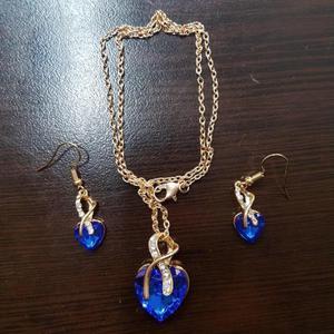 Blue gorgeous jewellery set