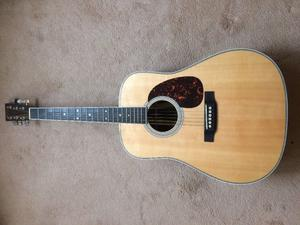 Martin HD-35 - December  - completely mint as New! (Guild, Taylor, Bourgeois, Santa Cruz)