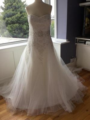 Brand New Size 16 Mia Solano Wedding Dress