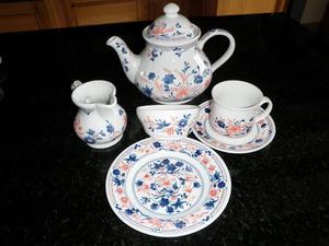 Churchill Imari tea set - unused