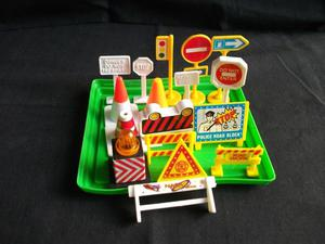MINIATURE TOY ROAD TRAFFIC SIGNS. COLLECTION.