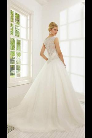 Ronald Joyce Riccarda  Wedding Dress