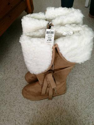 Brand new with tag boots size 3