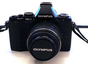 Olympus OMD E-M5 Digital 16.1 MP Micro Four Thirds Digital Camera and Full Set of Accessories