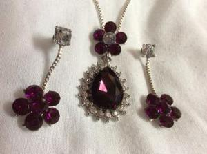 WHITE GOLD PLATED NECKLACE & EARRINGS.