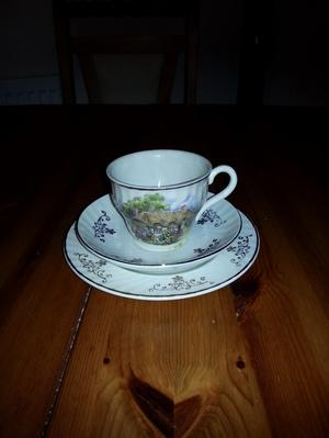 pretty vintage tea set