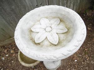 Bird bath concrete stone garden ornament