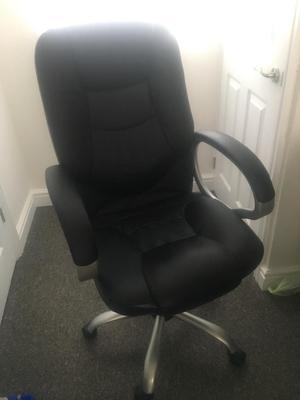 Faux leather comfy office chair GOOD CONDITION