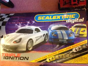 Scalextric digital track