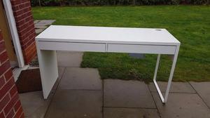 White IKEA desk Free Delivery in Liverpool