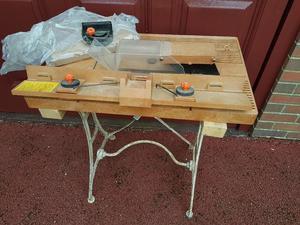 B&D Power Tool Table