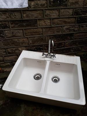 Belfast style double sink