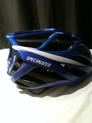 Blue Specialised Echelon Bike Helmet, adjustable tightness, great condition, never dropped
