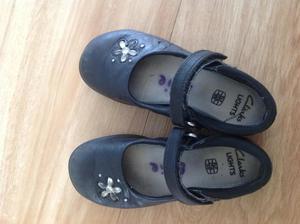Clarks girls school shoes size 9.5