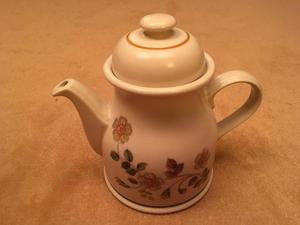 Marks and Spencer's Large Autumn Leaves Teapot