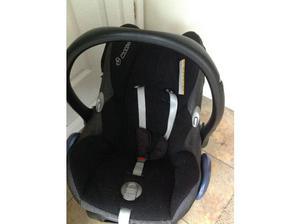 Maxi Cosi baby car seat in Peterborough