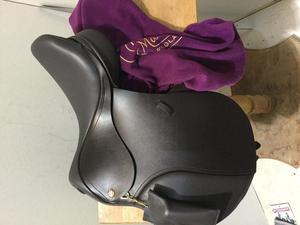 """*New* Kent & Masters 16"""" Long leg Pony club saddle"""