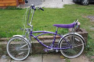 retro Bratz lowrider/chopper bike