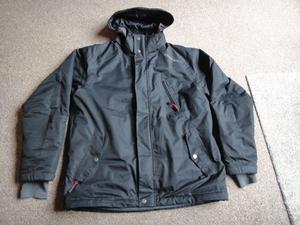 Gents quality TOG 24 winter / ski jacket size large, black with hood