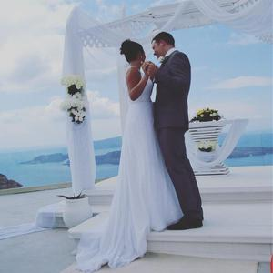Stunning Ellis Bridals Wedding Dress