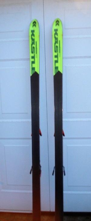 KASTLE SKIS AND DYNASTER POLES FOR SALE.