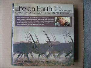 Life On Earth – David Attenborough – Reader's Digest