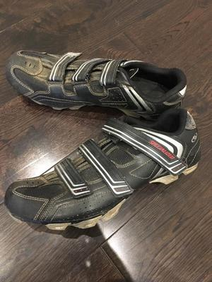 Men's Specialized cycling shoes size 11