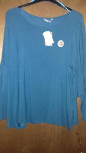 New casual top size 22