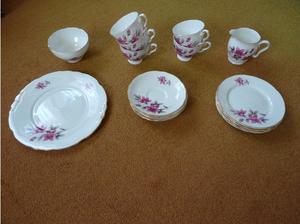 Royal Stafford Evesham tea set in Henlow
