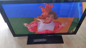 "40"" SAMSUNG FLAT SCREEN TV FREEVIEW,HDMI,SCART OPTICAL OUT,ETC GENUINE REMOTE CONTROL"