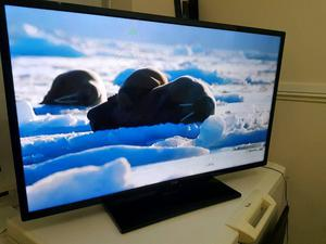 42 inch LG LED tv. Full HD.p. Brilliant picture. Built in freeview. Including Logic sound bar