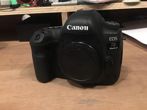 Canon 5D Mark iv - Great condition