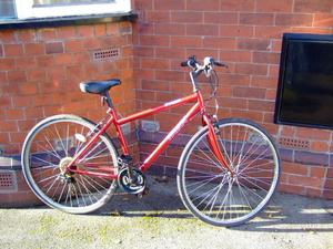 TRAX T700 HYBRID TOWN ROAD BIKE MANCHESTER STUDENT