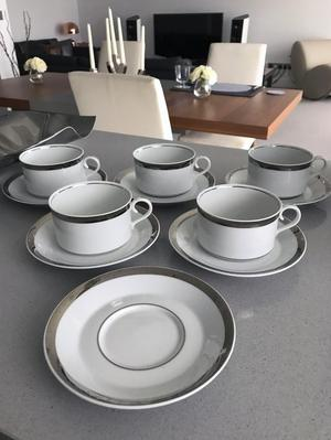 5 MARKS & SPENCER PLATINUM TEA CUPS AND SAUCERS